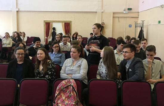 Депутаты проведут уроки самоуправления в школах города