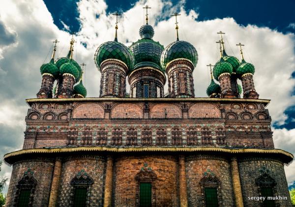 Храм Иоанна Предтечи в Толчковской слободе