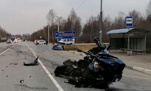Под Ростовом остановившаяся машина стала жертвой двойного удара